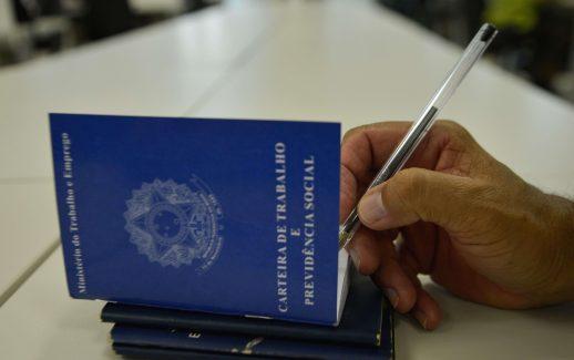 varejo-contrata-pela-nova-lei-trabalhista