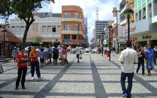 lojas-centro-de-fortaleza-estendem-atendimento-e-abrem-aos-domingos